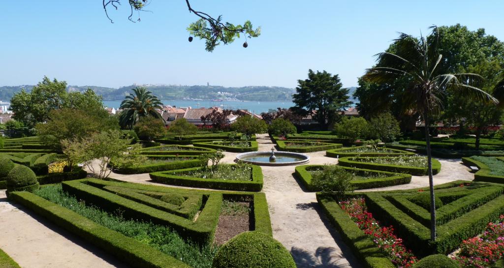 Les jardins botaniques d'Ajuda